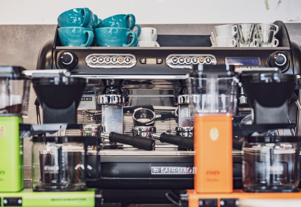 siedziba i ekspres san remo szkoły baristów coloursofcoffee